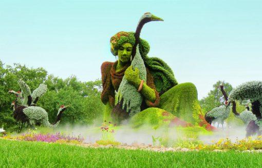 شاهد 21 صورة لمنحوتات نباتية عملاقة ومدهشة في حديقة مونتريال الكندية